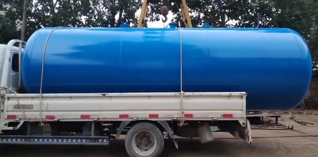 10吨无塔供水设备发出1台